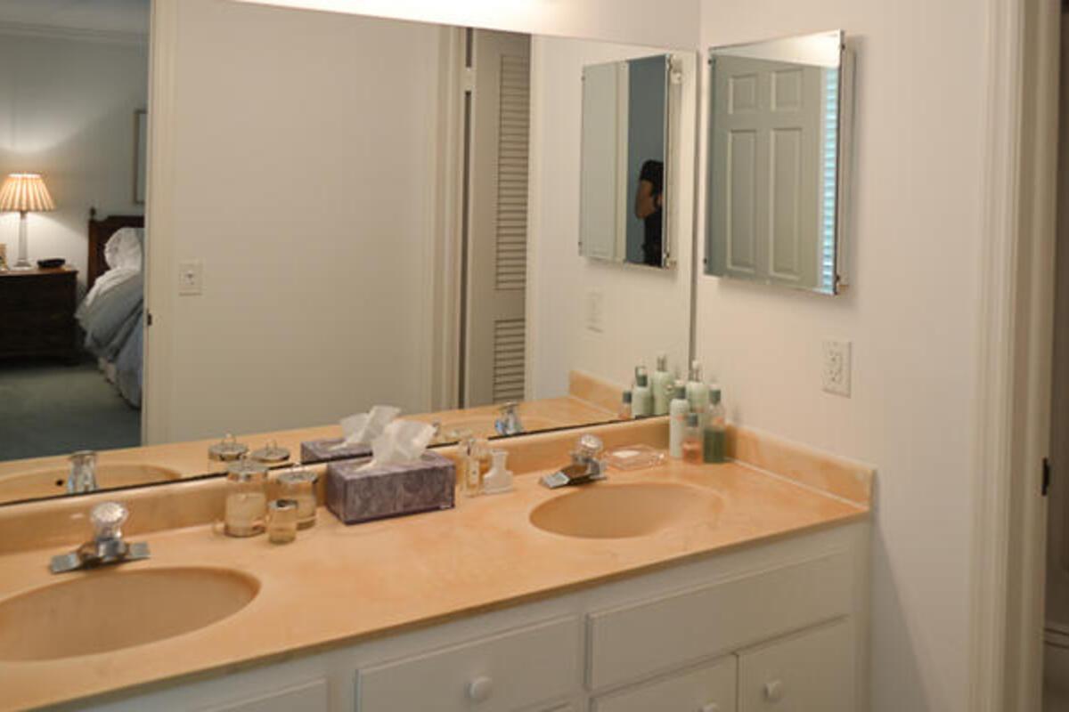 Mst Bed Bath175